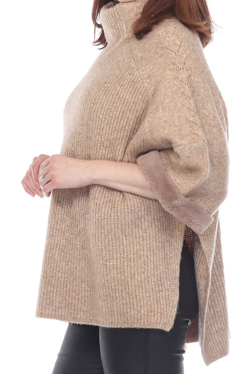 Sisters 3/4 Sleeve Fur Cuffed Pullover in Grey