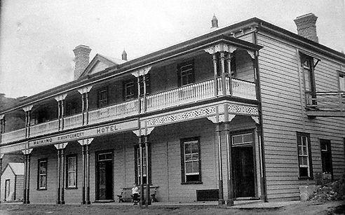 Historic black and white photo of the Waikino R Montgomer Hotel