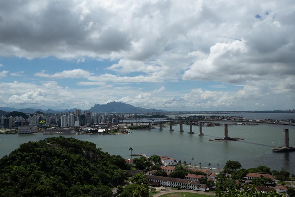 Vitória, vista do Convento da Penha (Foto: João Vitor Soares)