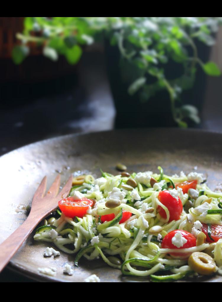 Kabagetti Salatası