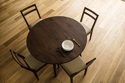 PLAIN ROUND DINING TABLE