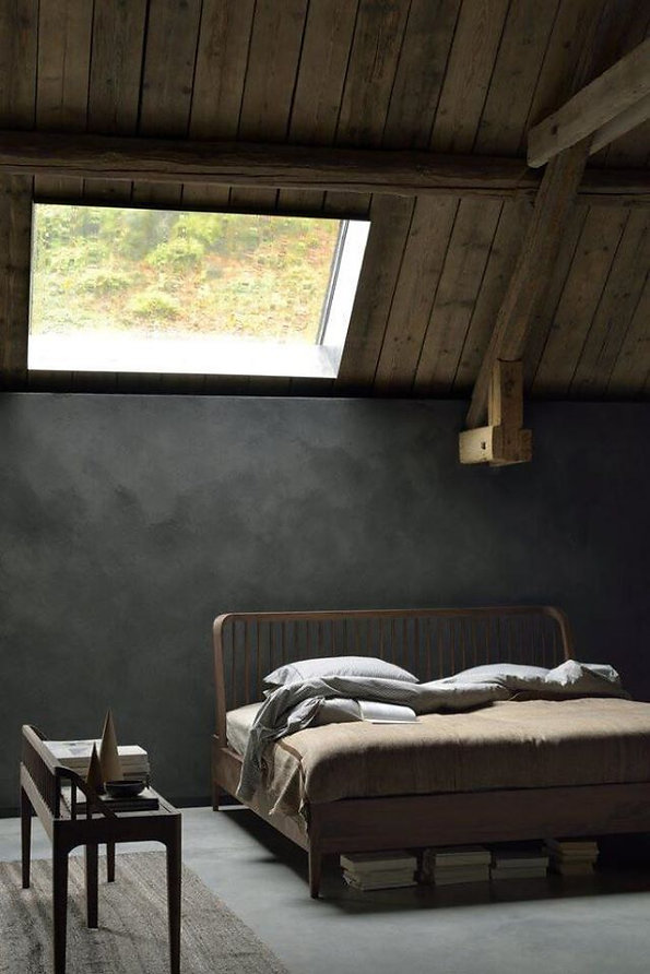 Ethnicraft, Spindle Bed - Walnut 2