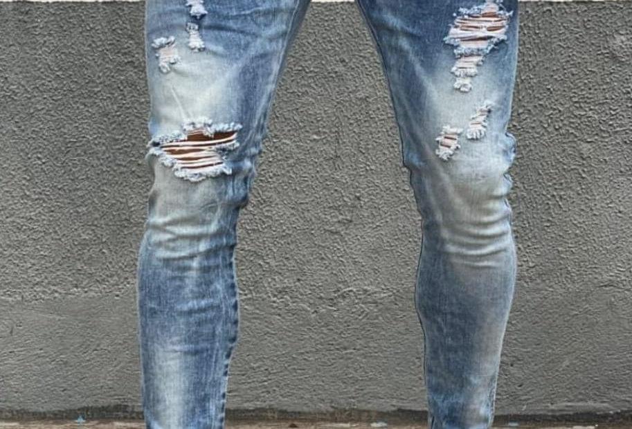 Calça skinny manchadinha