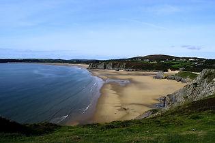 beach-4469976_1920.jpg