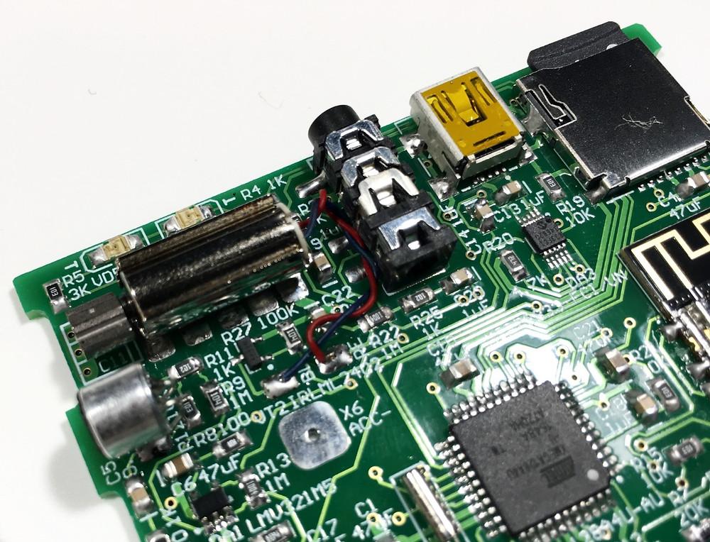 Разработка электроники для приборов DreamStalker Ultra, вибратор, разъем для наушников, разъем USB, карта памяти microSDHC