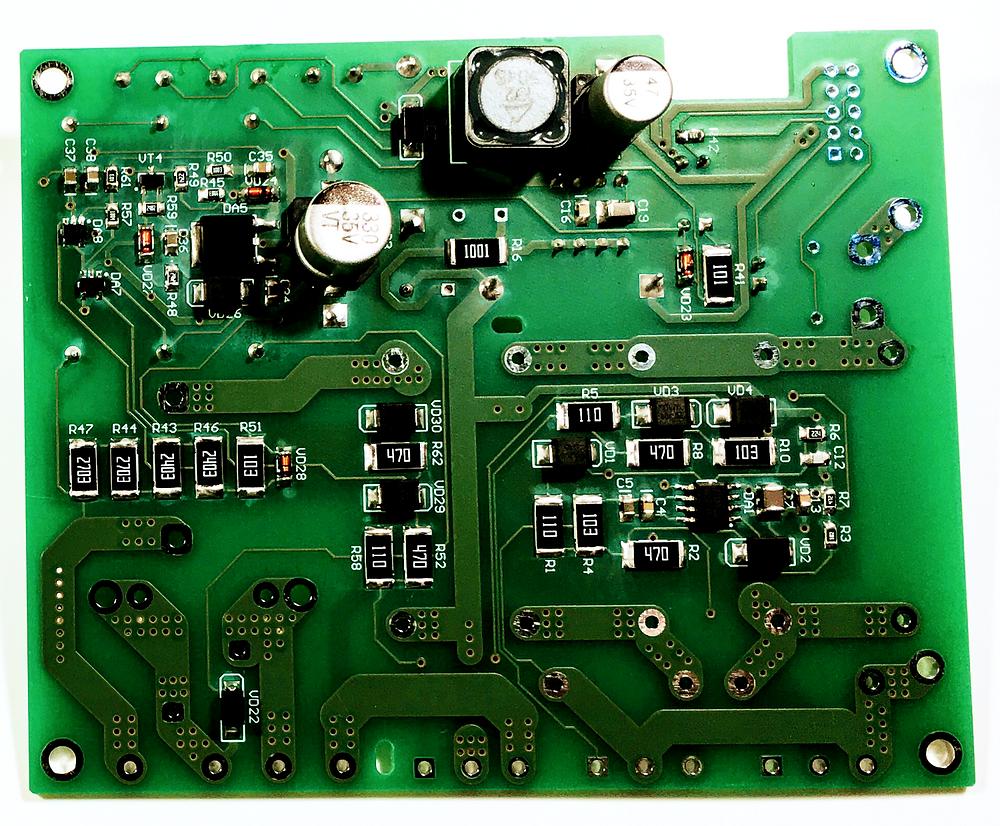 Разработка и производство электроники, Нижняя часть платы силового генератора и блока защиты индукционного нагревателя