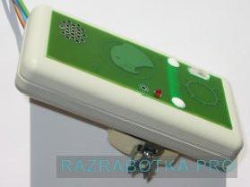 Разработка электронных устройств на заказ, «Жако» - многофункциональный говорящий выключатель освещения с голосовым управлением, Внешний вид выключателя под наклоном