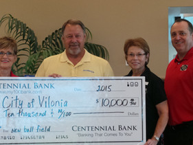 City of Vilonia Receives $10,000 Check from Centennial Bank