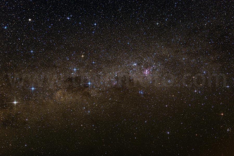 南天の星空、南十字星周辺、R-Cross Screen フィルター使用