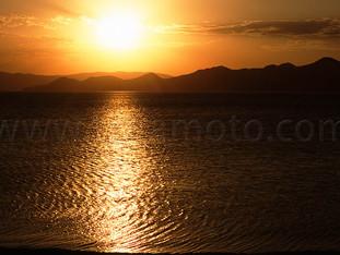 トゥルカナ湖