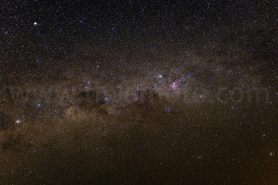 南天の星空、南十字星周辺、フィルター未使用