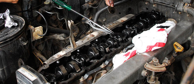 バルブクリアランスの調整、ランクル1HZエンジン