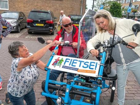 'Fietse' Europaplein sponsort Fietsmaatjes Leerdam