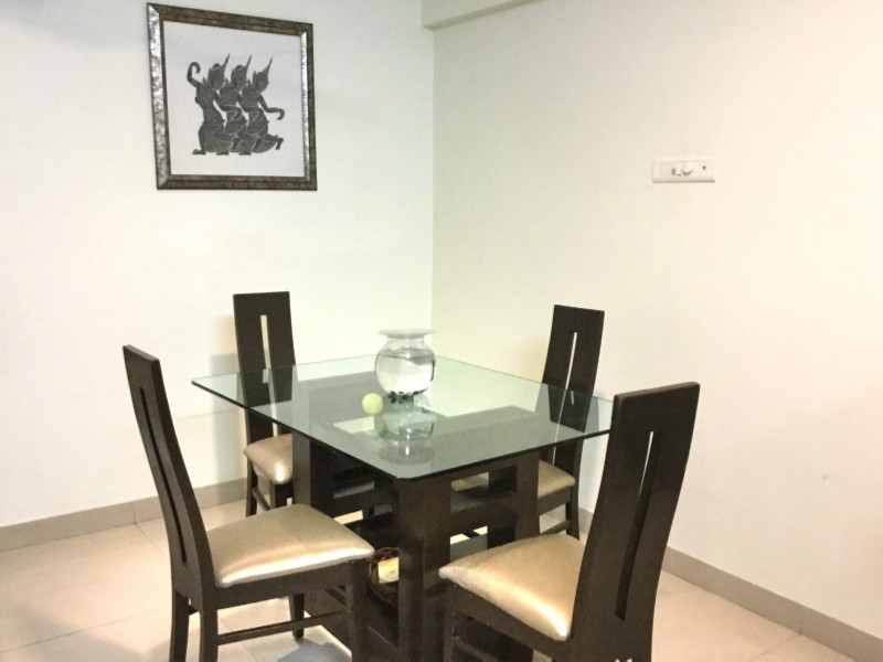 Arista Bandra 1003 Dining Space