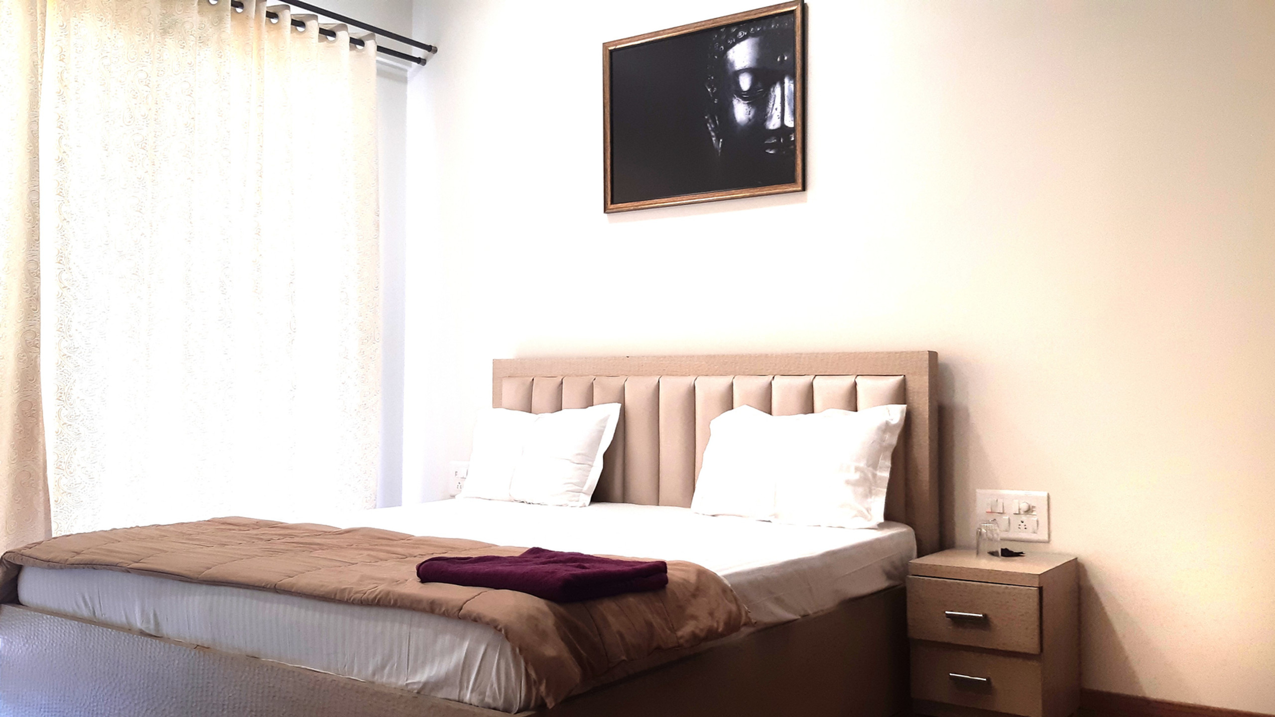 Arista PArel bedroom
