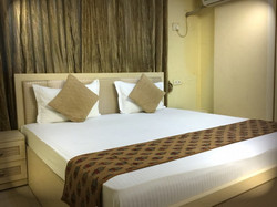 Arista Bandra 1001 Bedroom (2)