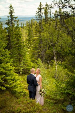 Sommarbröllop / Photobynadja / Bröllopsfotorgraf Åre