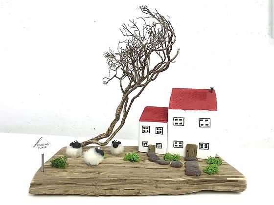Highland Cottage - Handmade Driftwood Cottage