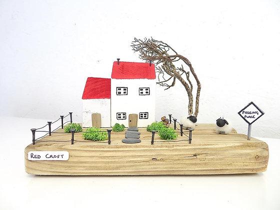 Red Croft - Handmade Driftwood Cottage