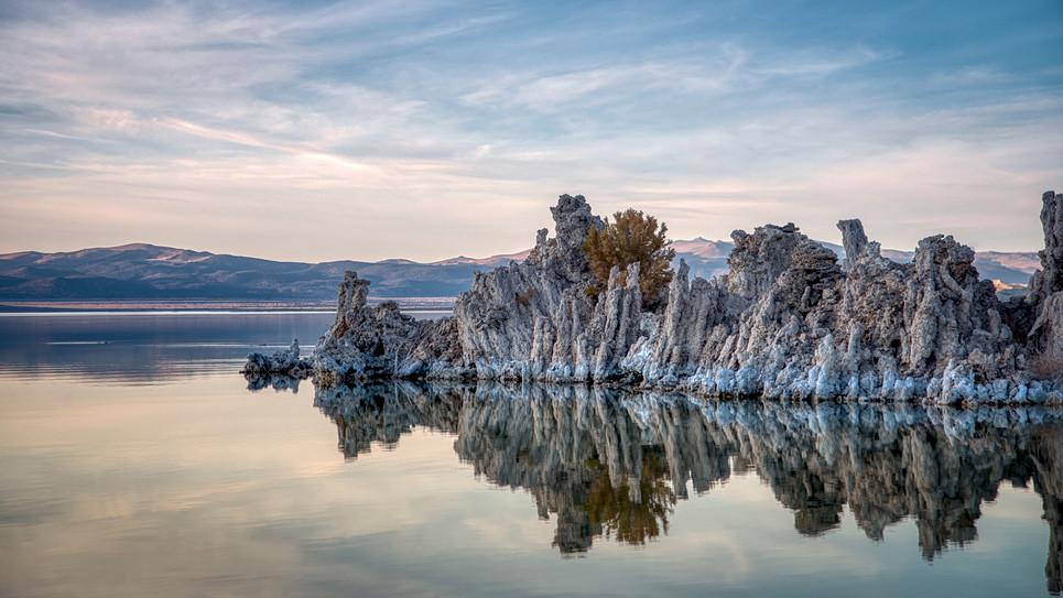 Mono-Lake-Tufa.jpg