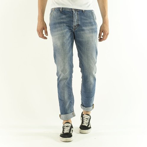 Jeans R821