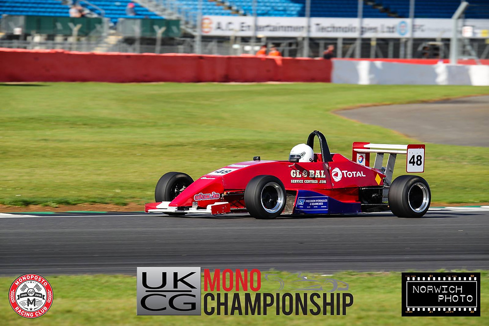 Morgan McCourt rounds Luffield
