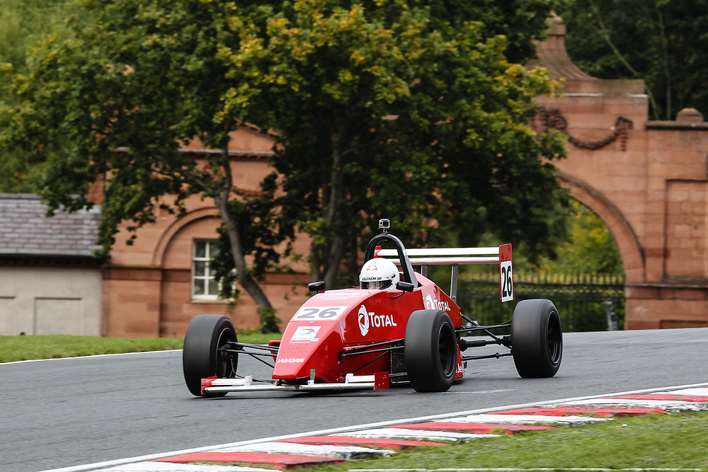 2015 Finol Star of Tomorrow Des Foley in action at Oulton Park