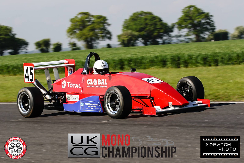 Mark Reade ran a new livery, incorporating the blue of sponsor P&T Precision Hydraulics