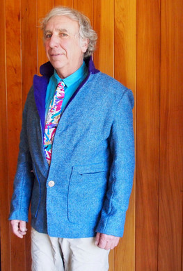 Casual Jacket and Silk Tie