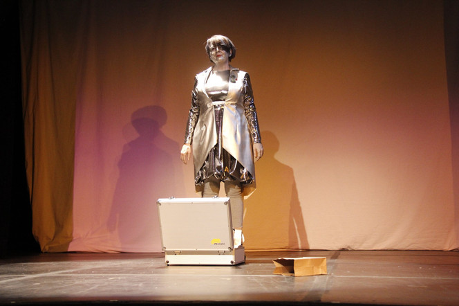 Robot Comedienne