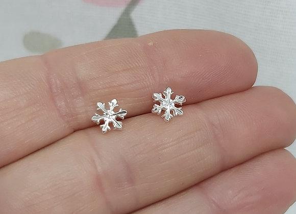 Facet cut Snowflake Stud Earrings in Sterling Silver