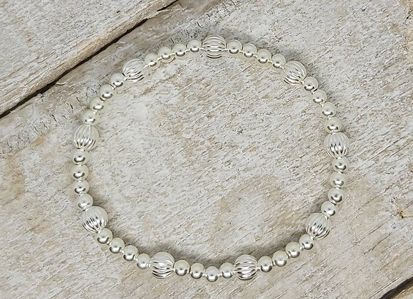 Benny&Moo 5mm textured and 4mm beads sterling silver bracelet