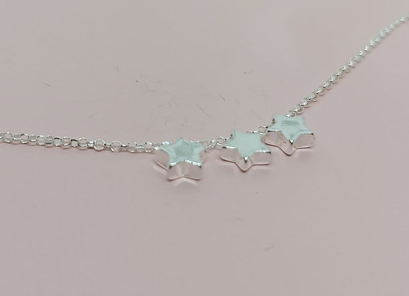 Three dainty stars necklace in Sterling Silver