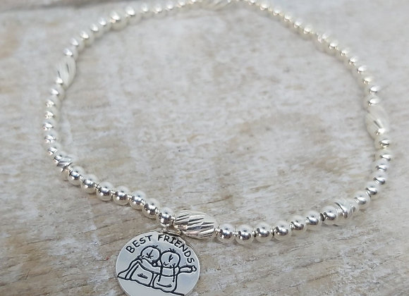 Benny&Moo faceted seed and round beaded bracelet with best friends charm