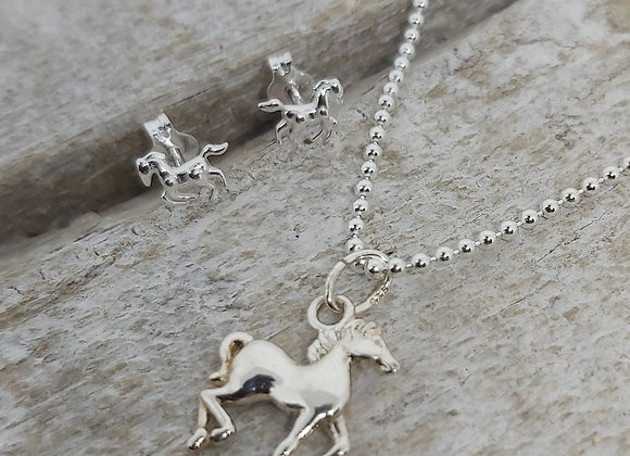 "BennyandMoo horse pendant and earrings set on 18"" beaded chain"