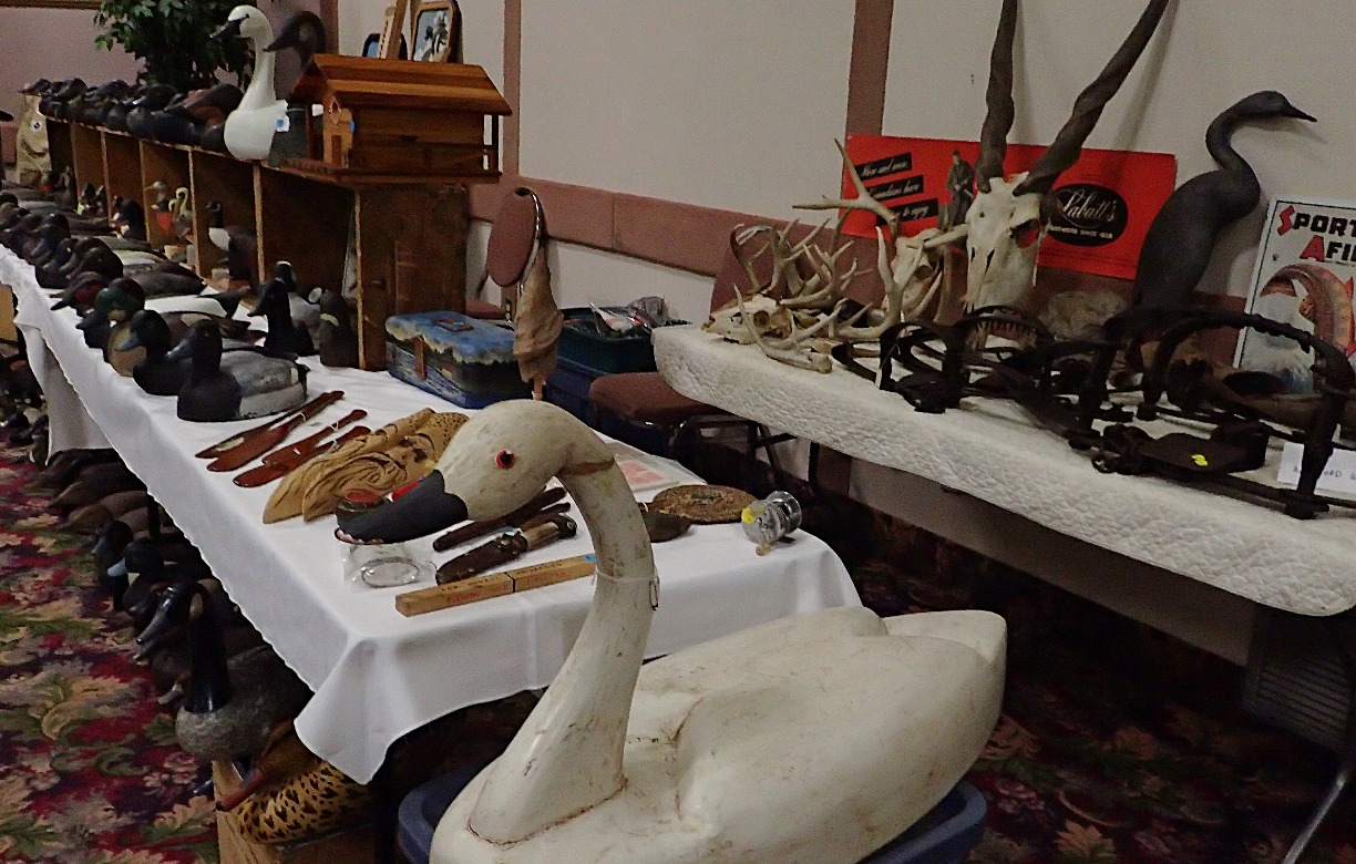 DECOYS & COLLECTIBLES FOR SALE