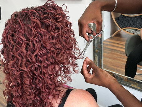 How to Take Care of Your Curls at Home