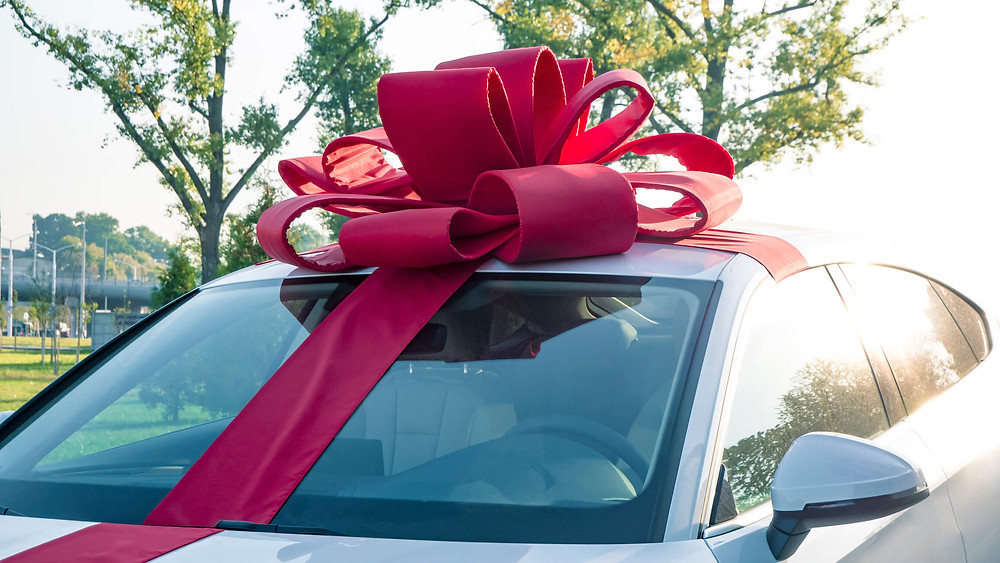 How Do You Add Insurance If You Buy A Car Over the Weekend or A Holiday?