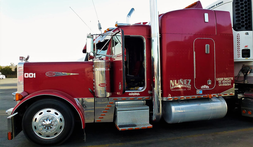 Trucking Insurance Oakland County, Livingston County, Macomb County Michigan