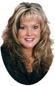 Deannie Profile Pic.jpg