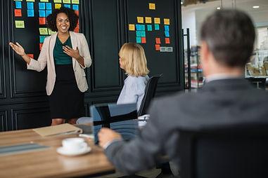 boss-brainstorming-business-1093913(1).j