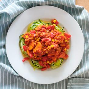 Snelle vegan spaghetti courgetti