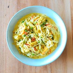 Romige groentecurry met noedels