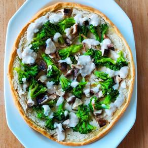Pizza met bonensaus