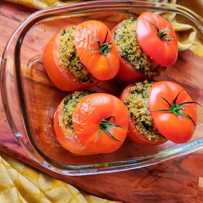 Gevulde tomaten met quinoa en groenten