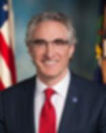 1024px-Governor_Doug_Burgum.jpg