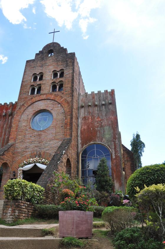7 Catholic Churches Near Almond Garden Tagaytay
