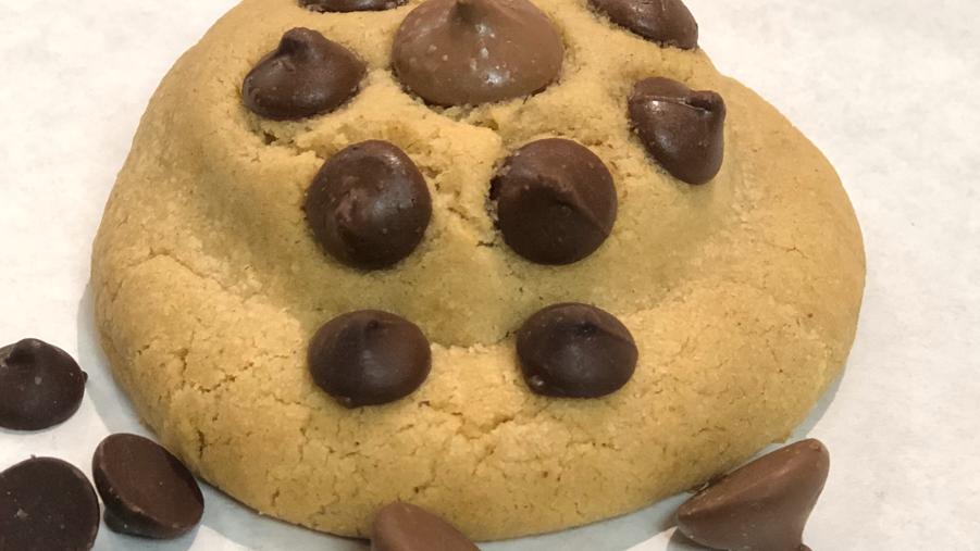 Oreo Stuffed Peanut Butter (Chocolate Chip)