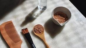 Caspa ou oleosidade? Você precisa fazer este detox do couro cabeludo com argila