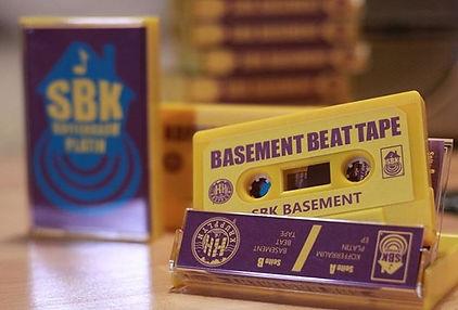 sbk_basement_beattape_Kofferraumplatin.j